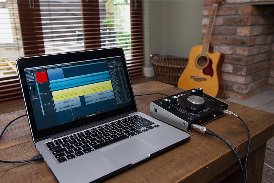 کارت صدا M-Audio M-Track 2X2   خرید کارت صدا اکسترنال   خرید و فروش انواع کارت صدا نو وکارکرده   خرید کارت صدا ارزان   کارت صدا   کارت صدا M-Audio